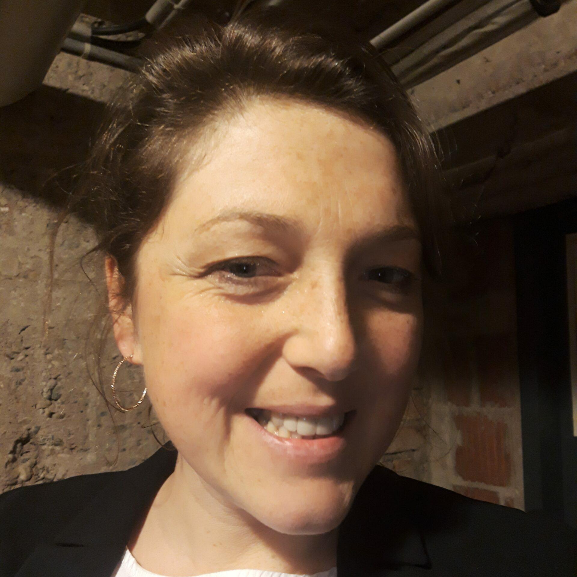 Anne Golla